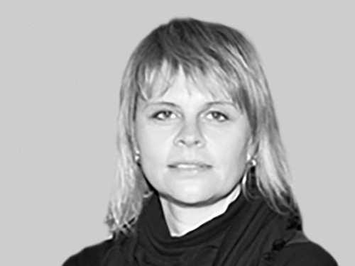 Sandra Ferstl